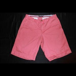 🎨Pink Tommy Hilfiger shorts size 34